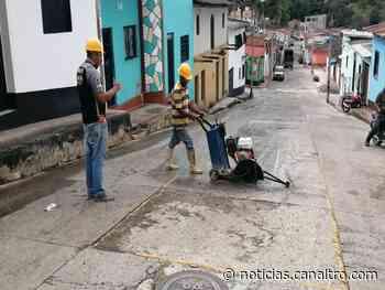 Recuperación de la malla vial en el casco urbano de Ragonvalia - Canal TRO