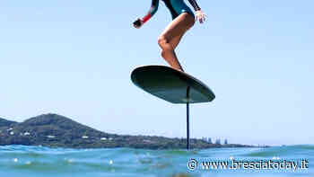 Si schianta con il jetsurf contro una barca e batte la testa: grave ragazza - BresciaToday