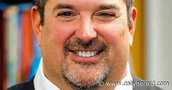Algonquin-based District 300 school board approves 5-year contract for superintendent