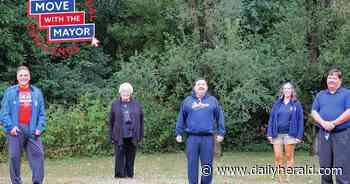 West suburban mayors invite residents to walking challenge