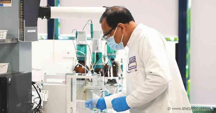 Vaccino per Covid, Oxford e AstraZeneca riprendono i test dopo il temporaneo stop all'arruolamento dei volontari