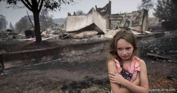 Better weather aids battle against deadly Western wildfires