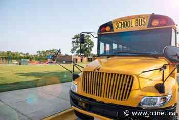 Canada and British Columbia launch school bus seatbelt pilot project - Radio Canada International - English Section