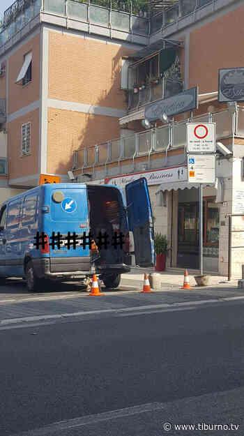 TOR LUPARA - Alla scuola Pertini si arriva solo a piedi - Tiburno.tv Tiburno.tv - Tiburno.tv