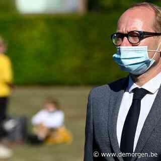 Weyts 'de eerste' om mondmaskerplicht te versoepelen, 'maar maakt deel uit van ruimer akkoord'