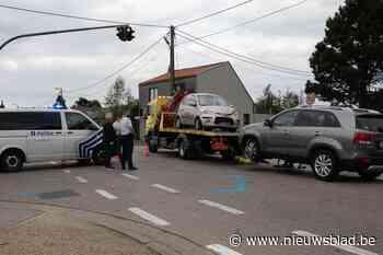 Bestuurder crasht tijdens politieachtervolging