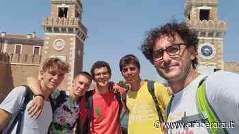 """NEMBRO - INTERVISTA AL CURATO - Don Matteo si è inventato il """"festival delle rinascite"""" e """"il villaggio in viaggio"""". Nemmeno il Covid ha fermato l'Oratorio - Araberara"""