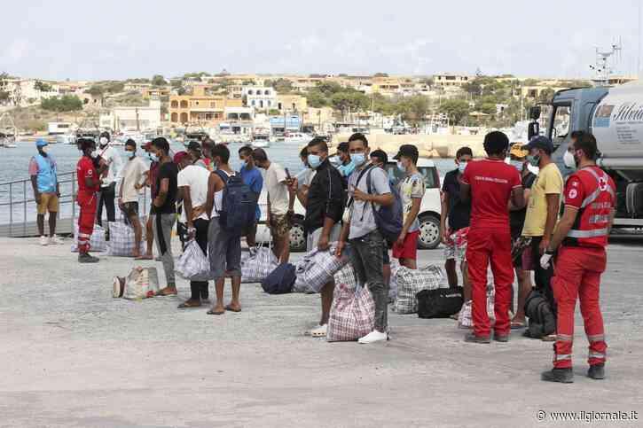 """Un altro """"trionfo"""" del governo: Lampedusa di nuovo nel caos"""