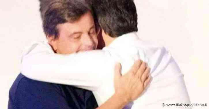 """Calenda posta la foto di un abbraccio con Renzi: """"Ci siamo scontrati, ma ciò non cancella il ricordo degli anni di lavoro insieme"""""""