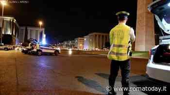 In strada senza mascherina nei luoghi della movida: i vigili multano 13 persone
