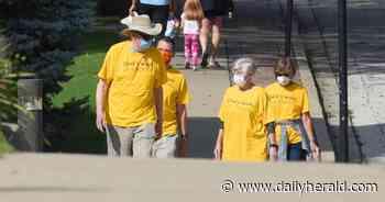 Mount Prospect church members walk to help the homeless