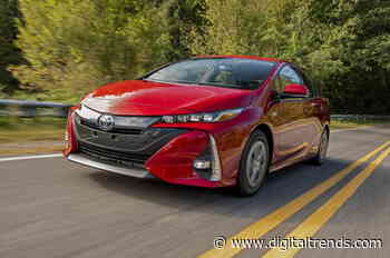 2021 Toyota Prius vs. 2021 Toyota Prius Prime