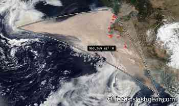 Smoke plume from California wildfires covers over 900,000 square miles