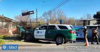 Carabineros colisionan con vehículo particular en Los Ángeles: patrulla terminó chocando un muro - BioBioChile