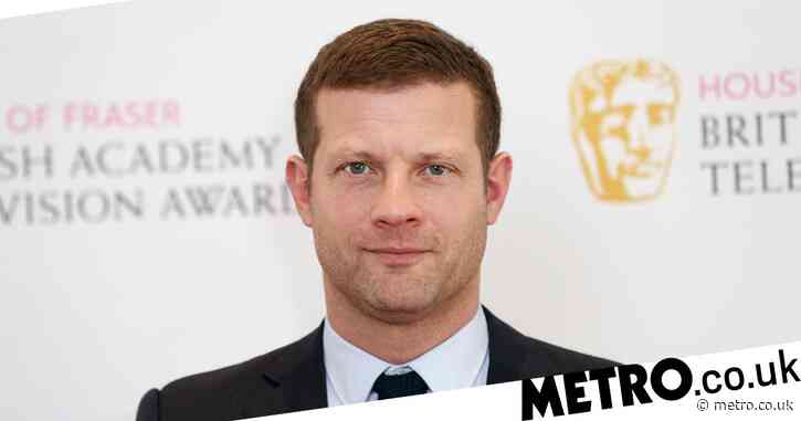 Dermot O'Leary 'knows' who stole his wedding ring from his gym locker 'thanks to Instagram'