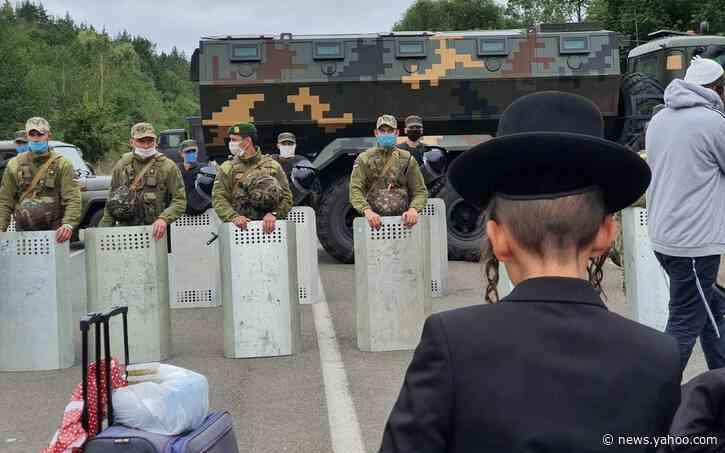Coronavirus restrictions strand hundreds of Hasidic Jews at Ukraine-Belarus border