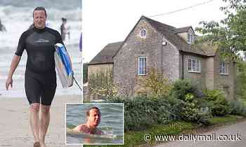 David Cameron wants to build £50,000 swimming pool but council officials say it may be too deep