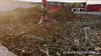 Tmb Rocca Cencia sotto sequestro, i camion Ama rallentano lo scarico dei rifiuti e la raccolta si inceppa