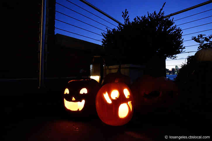 Ventura County's Halloween Guidelines Bans Carnivals, Haunted Houses; Trick-Or-Treating 'Not Recommended'