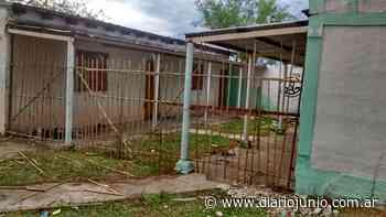 Colocaron una 'reja' de cañas en la 'escuela de los robos' - Diario Junio