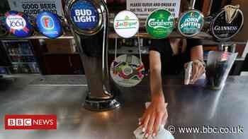 Executive to decide on drink-only pubs reopening - BBC News