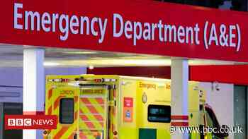 Trial urges people to call 111 before going to A&E - BBC News