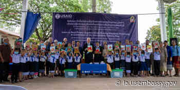 United States Hands Over Supplementary Reading Books to the Ministry of Education and Sports - US Embassy in Laos
