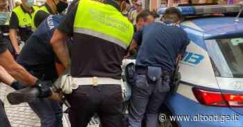 Bolzano, rissa fra ubriachi in via Streiter: arrivano polizia e vigili - Alto Adige