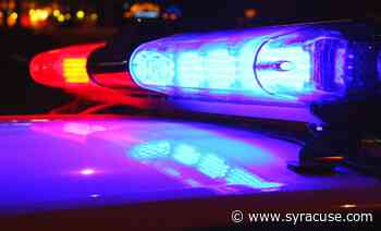 Student robbed outside Syracuse University residence hall, police say - syracuse.com