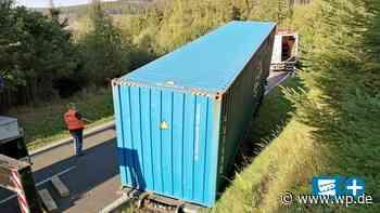 Netphen-Hainchen: Tonnenschwerer Seecontainer löst sich - WP News