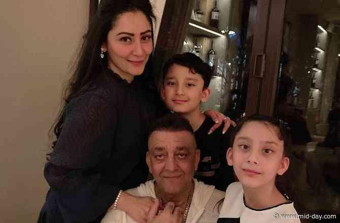 Sanjay Dutt reunites with kids in Dubai after months; Maanayata Dutt shares family picture