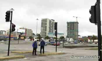 Reponen semáforos en Rotonda Paicaví de Concepción destruidos tras 18/O - Canal 9 Bío Bío Televisión