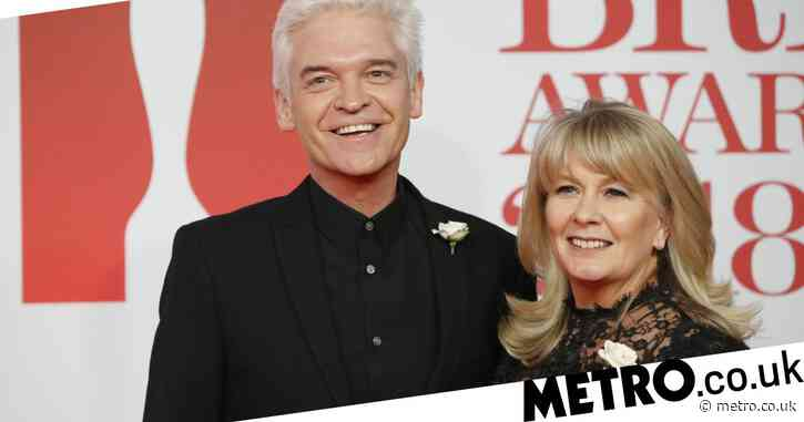 Phillip Schofield 'planning to share £9million fortune in amicable divorce from wife'