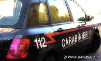 Tamponamento tra due auto alla rotonda di Quaregna - newsbiella.it