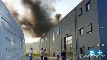 Menden: Großer Dachbrand bei Firma Klotz in Hämmer - WP News