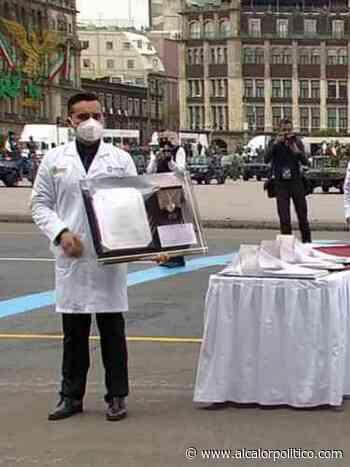 """Médico de Poza Rica recibió presea """"Miguel Hidalgo"""" por su labor durante pandemia - alcalorpolitico"""