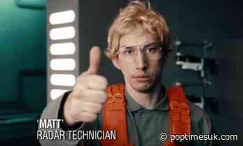 WATCH: Kylo Ren Goes Undercover on 'Saturday Night Live' - POP TIMES UK