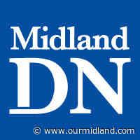 Oilers beat Bay City Western to open football season - Midland Daily News