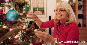 Putting Christmas decorations up now makes you happier – according to experts