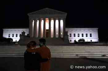 'She was living history': A somber crowd of citizens cries and remembers Ginsburg outside the Supreme Court