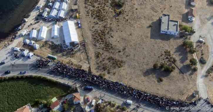 Lesbos: Rund 9000 Migranten im neuen Zeltlager
