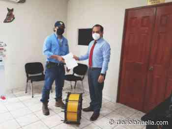 Alcalde de Sonzacate dona equipo a la ANDA para mejorar la distribución de agua en el municipio - Diario La Huella