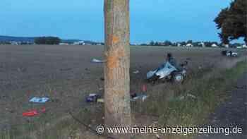 Auto bei heftigem Unfall in NRW völlig zerfetzt– Insassen haben großes Glück