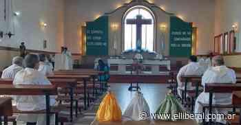 El obispo Corral celebró la Misa Crismal en la Catedral de Añatuya - El Liberal Digital