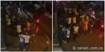 (Video) Sin distanciamiento ni tapabocas, habitantes de Istmina se enfiestaron en las calles - Canal 1