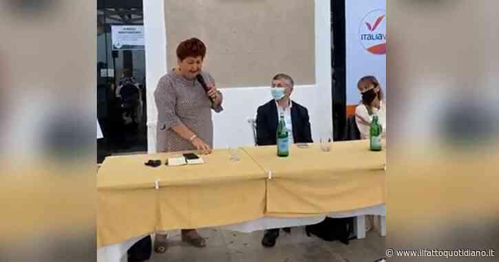 """Regionali Puglia, gaffe di Teresa Bellanova al comizio di Scalfarotto: """"Chiediamo il voto per Michele Emiliano e per Italia Viva"""""""