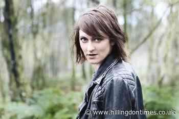 Singer Fay Hield to headline online St Albans Folk Festival