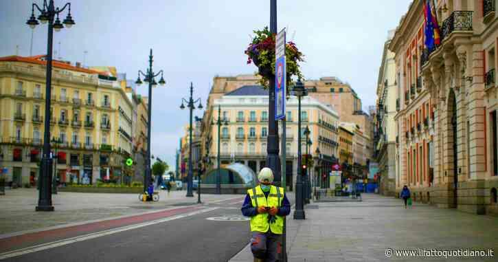 Coronavirus, Madrid pronta al nuovo lockdown: restrizioni per 850mila persone. L'India verso il sorpasso degli Usa per contagi