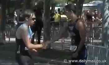 Spanish triathlete shows incredible sportsmanship as he lets his rival take bronze medal