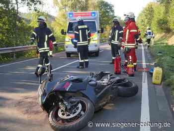 Zwischen Netphen und Deuz: Motorradfahrer rutscht unter Leitplanke - Netphen - Siegener Zeitung